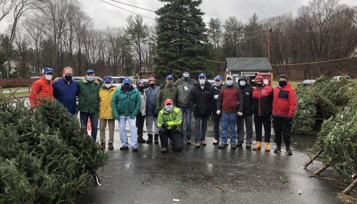 Volunteers ready to sell trees December 5, 2020